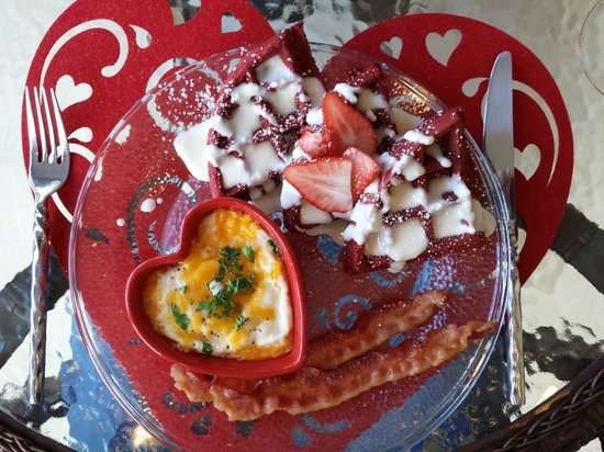 A Lighthouse on Hammersley Bed and Breakfast: Valentine Breakfast