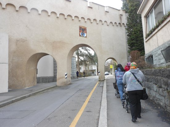 Guided City Tour of Lucerne: to the top of the hill