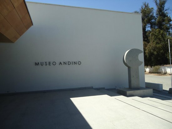 Santa Rita Winery: Entrada do Museu Andino