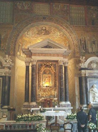 Battistero Lateranense: Interior del Baptisterio.