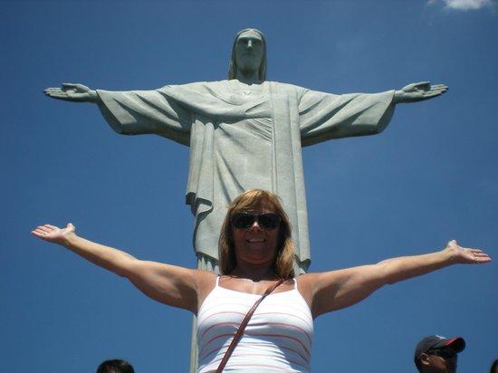 Statue du Christ Rédempteur : Hermoso Cristo