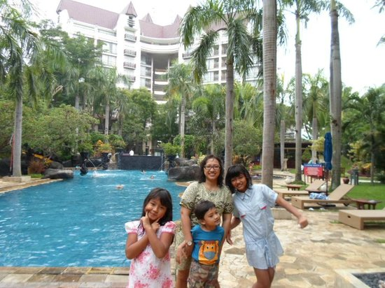 Novotel Surabaya Hotel and Suites : view of Apartement 1/2 BR