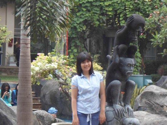 Novotel Surabaya Hotel and Suites: playground