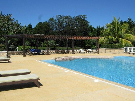 Spa pool picture of iberostar ensenachos cayo for Pool spa show winnipeg