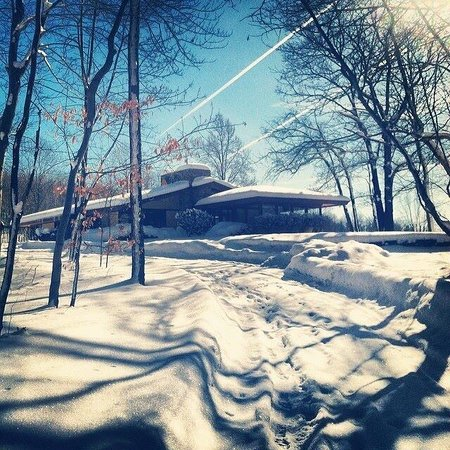 Duncan House at Polymath Park Resort: Especially stunning in the snow!