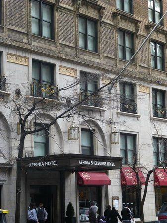 Shelburne NYC–an Affinia hotel: Front of hotel