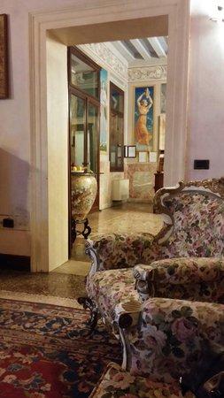 Villa Tacchi: Ambienti interni