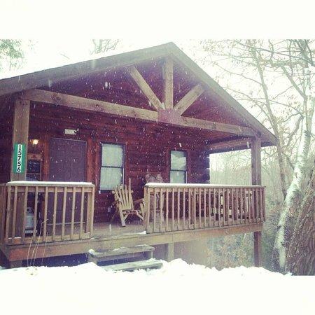 Buckeye Cabins: Dogwood