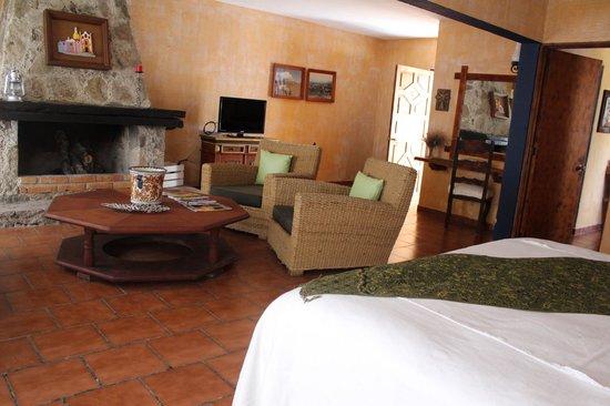 Hotel Vergel de la Sierra: Fogata en cuartos