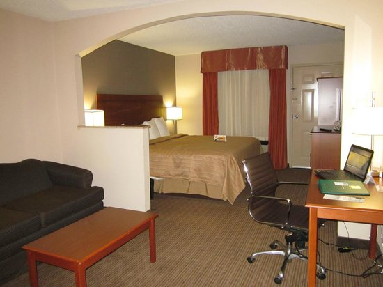 Quality Inn & Suites : Room 233 - One Room Suite