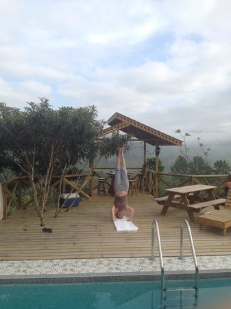 Morning yoga practice at Corredores del Pacuare.