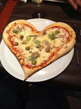 Basilic : Meme pour la st valentin il fait plaisir aux clients ;) ♡
