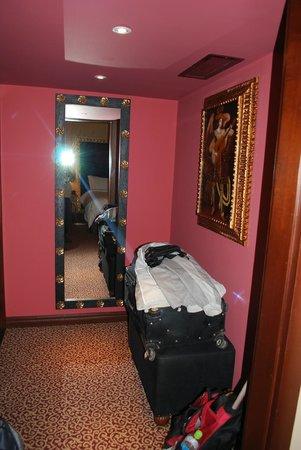 Palacio del Inka, a Luxury Collection Hotel: Closet