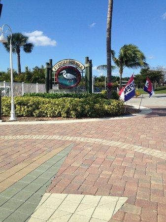 Main entrance into Everglades Isle RV Resort