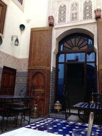 Riad Fes Aicha: Desayunador