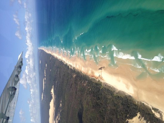 Kingfisher Bay Resort: 75 mile beach from the air