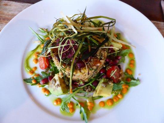 Yemanja Woodfired Grill: salad
