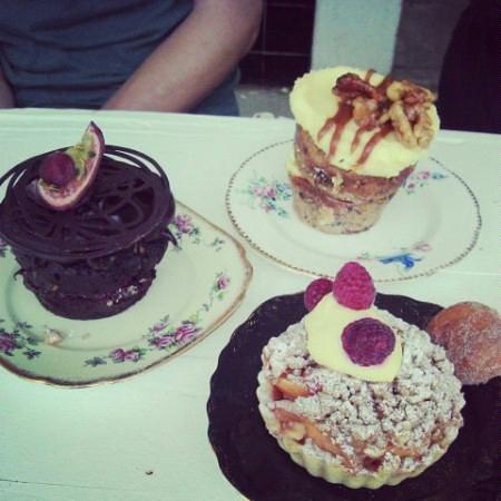 Little and Friday : Yummy cakes!!! chocolate fudge, bananas CARAMEL Nd walnut, peach Tartlet.
