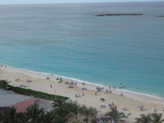 Hotel Riu Palace Paradise Island : Beach