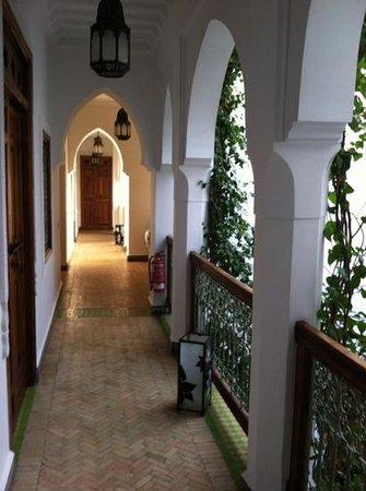 Riad Les Bougainvilliers: beautiful hallway