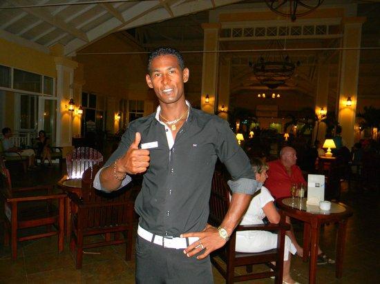 Blau Marina Varadero Resort: Yoé (Chino) très gentil!!!