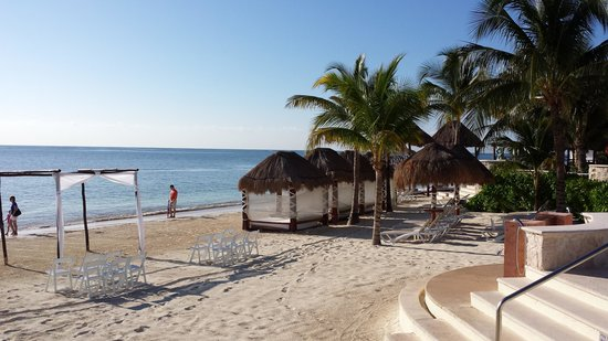 Azul Beach Resort Riviera Maya: beautiful beach with powdery sand