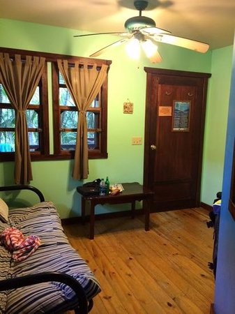 Bananarama Beach and Dive Resort: Front room of #10