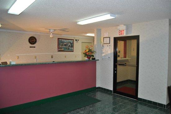 Sylvester Inn: Lobby