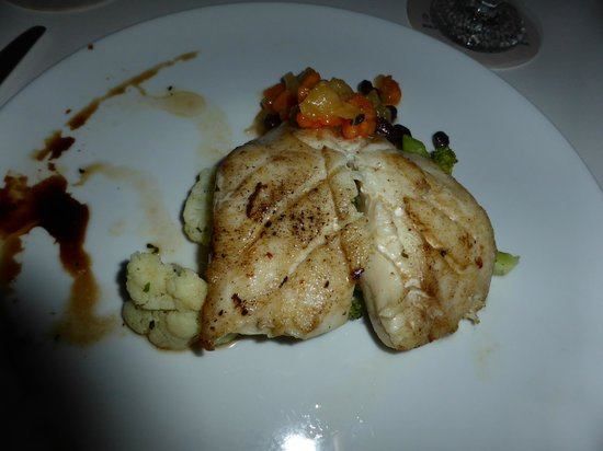 Elements Restaurant - Adults Only : grouper with salsa