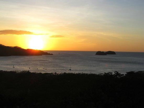 Villas Sol Hotel & Beach Resort: Sunset