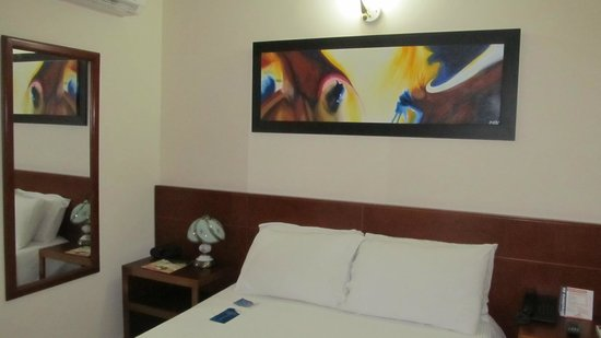 Howard Johnson Hotel Versalles Barranquilla: Muy comoda!