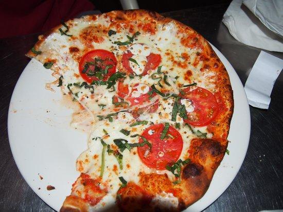 di Parma Trattoria : Margarita Pizza