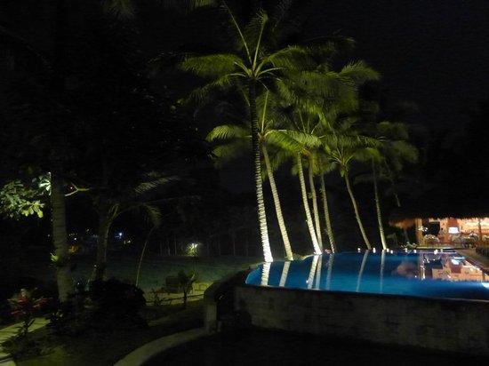 Mathis Retreat: Nighttime