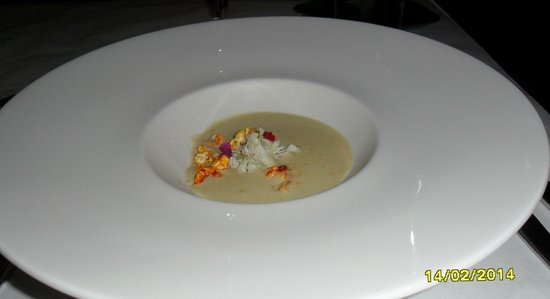 The Alise Chicago - A Staypineapple Hotel: Atwood Cafe butter popcorn crab soup