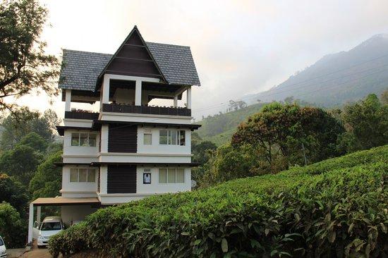 Gruenberg Tea Plantation Haus: Hotel with tea garden sorrounding