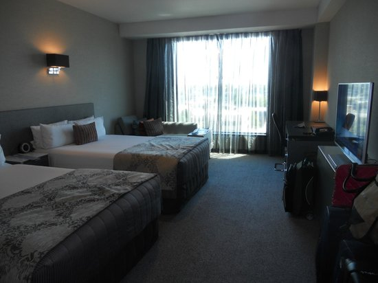 SKYCITY Hotel: Double room with harbor view