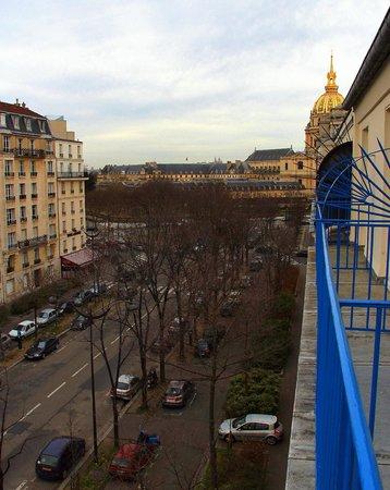 Hotel Duquesne Eiffel : View towards Les Invalids