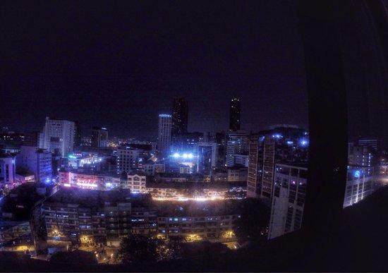 Hotel Soleil : Вид из номера 1123 на 11-ом этаже