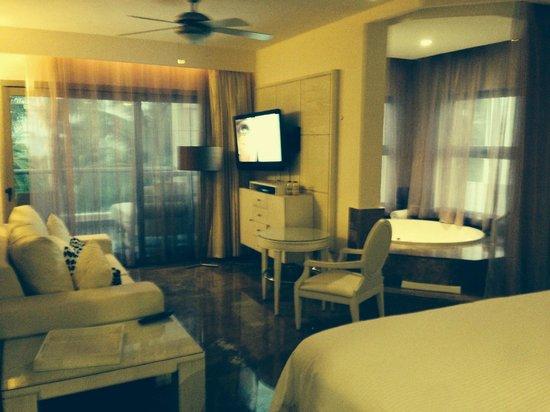 Beloved Playa Mujeres: Room