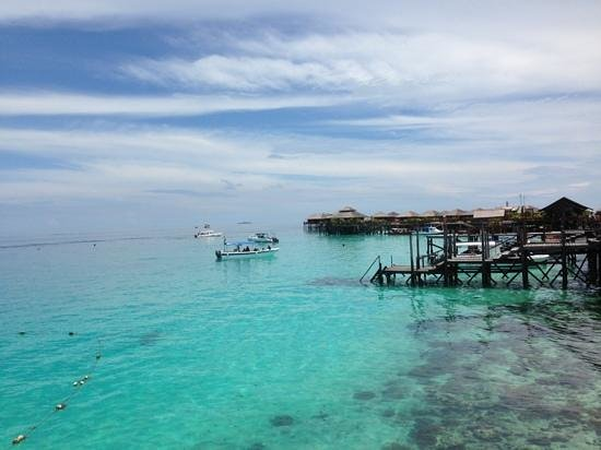 Scuba Junkie Mabul Beach Resort: view from the jetty on Mabul Water Bungalows