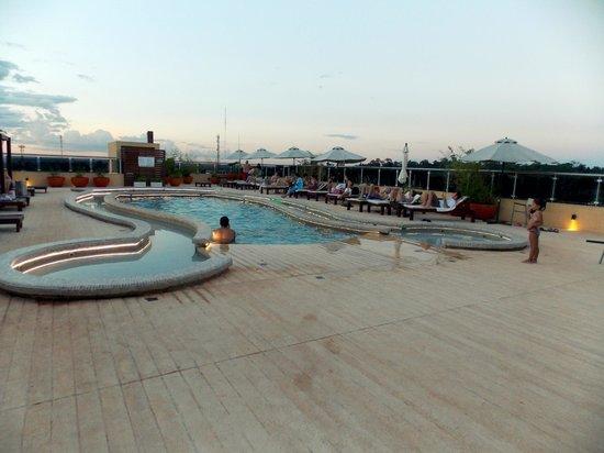 Grand Crucero Iguazu Hotel: Piscina