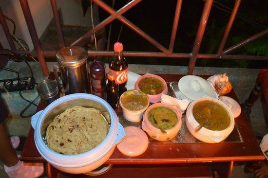Fortune Retreats Resorts - Ooty : Yummy food.