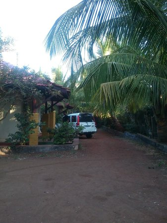 Harihareshwar Beach Resort: Cottages