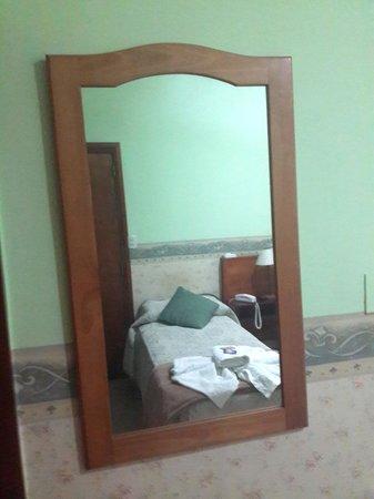 Posada Los Platanos: habitacion
