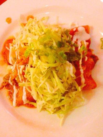 Coyote Cafe and Cantina: enchiladas
