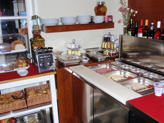 Alp Hotel Amsterdam: Breakfast