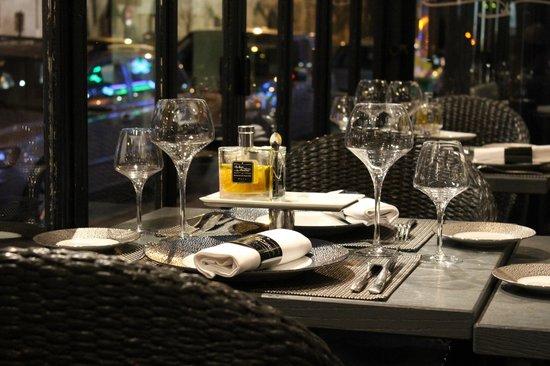 Le Bar a Huitres Saint-Germain : Сервировка