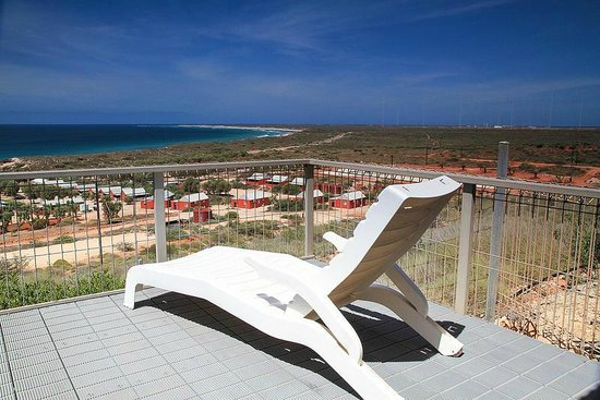 Ningaloo Lighthouse Caravan Park: Relax!!!