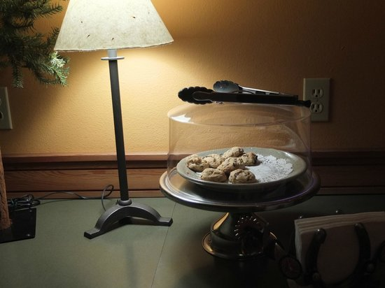 Chewuch Inn & Cabins: PM homemade cookies