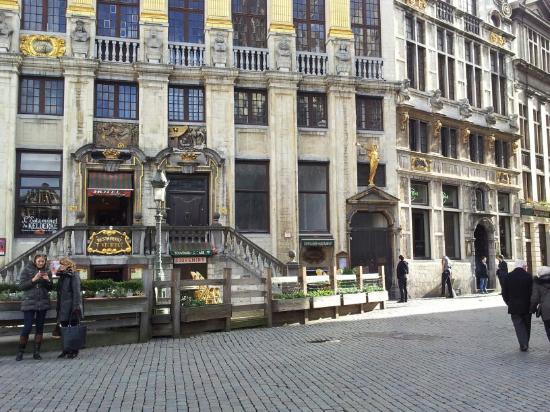 Hard Rock Cafe Brussels Reviews